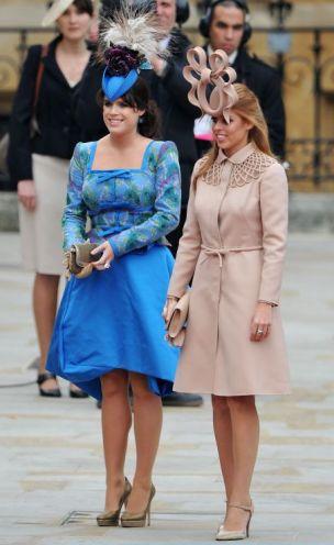 Princess Eugenie of York (L) and Princess Beatrice of York