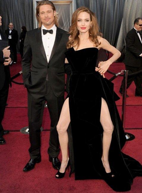Angelina Jolie legs Oscars 2012