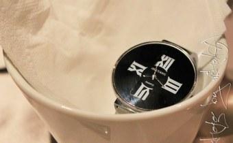 穿搭》逢甲夜市便宜又好看的簡約鏡面錶