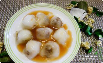 ►宅配美食「顏記一口肉圓」,可以自己在家用水煮的一口清蒸小肉圓