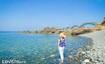 台東》「三仙台八拱橋」一生可看一次的特殊跨海步橋 海天一線的清澈海水