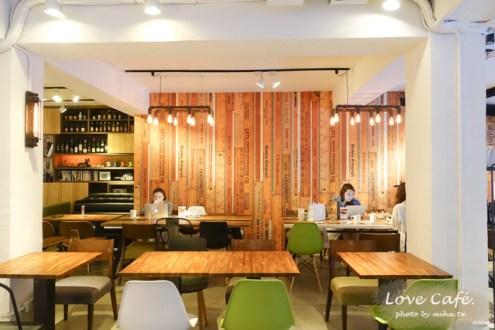 台北》信義安和有啤酒跟好吃餐點的咖啡廳:Pillow cafe很適合來聚餐氣氛舒服