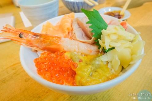日本》懶得早起去築地市場 下午依然有好吃海鮮丼帝王蟹腳大牡蠣