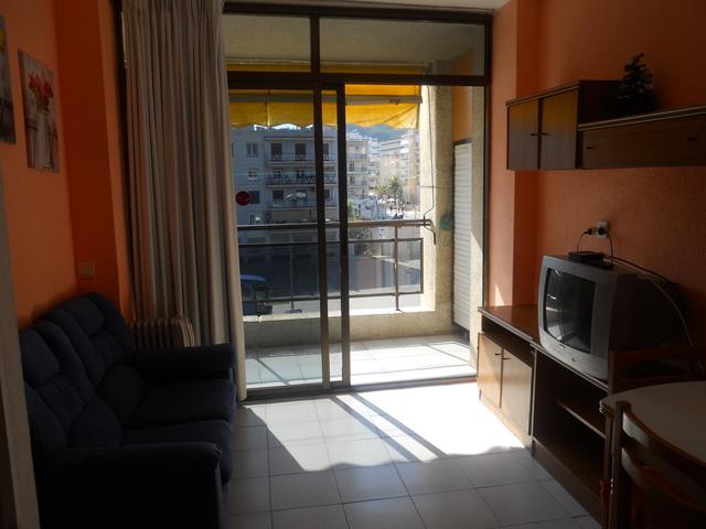 See traveller reviews, candid photos, and great deals for apartamentos can saula at tripadvisor. MIL ANUNCIOS.COM - Apartamento estudio piscina en calella ...