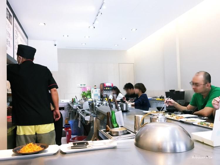 台中西區美食 御饌平價鐵板燒 海陸大餐 無限暢飲 飲料 熱湯 特約停車場好甘心 美村路一段 勤美 向上市場