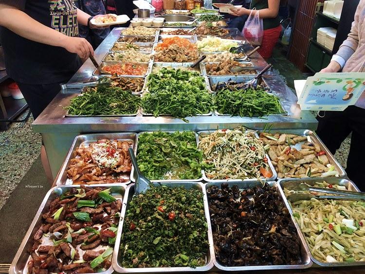 台中西區美食 捷盛 自助餐 清粥小菜 便當 爌肉飯 向上市場 中美街小吃 親切服務好溫馨