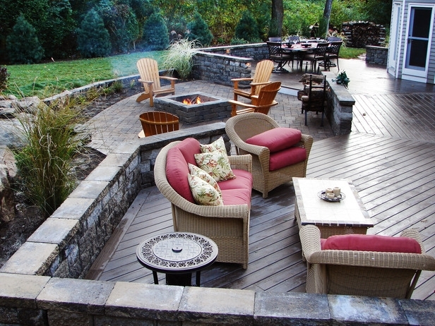 DIY Backyard Grilling Area - Modernize on Patio Grilling Area  id=79749