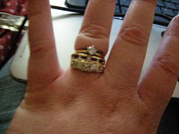 how to wear your wedding rings properly ring sets - How To Wear Your Wedding Ring