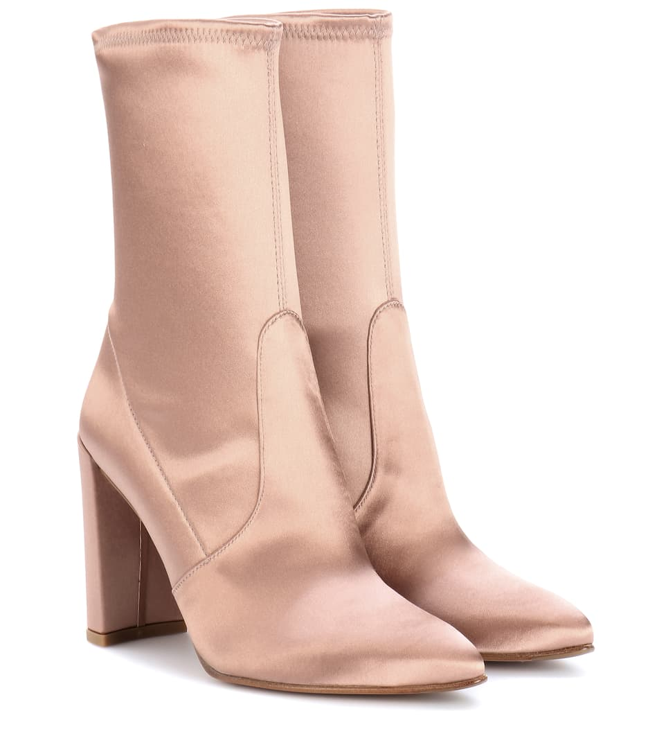 Clinger Satin Boots
