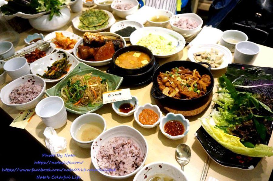 【旅遊✈韓國】釜山自由行│西面美食‧故鄉味서면 고향맛。兩人以上才能點的韓定食~HEN澎派讓人飽到不行