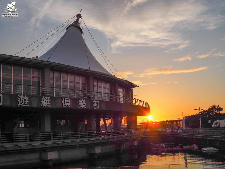 興達港情人碼頭遊艇碼頭,全家出遊踏青、兒童遊戲沙池、觀賞海港夕陽美景