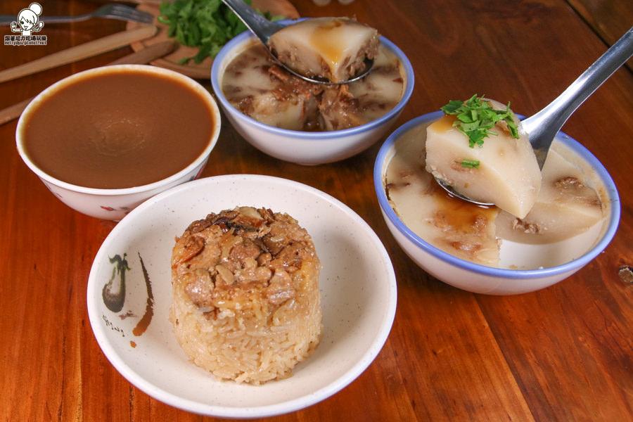 堅持優質食材製作出古早味碗粿、小吃 X 在地20年純手工鈴蘭碗粿