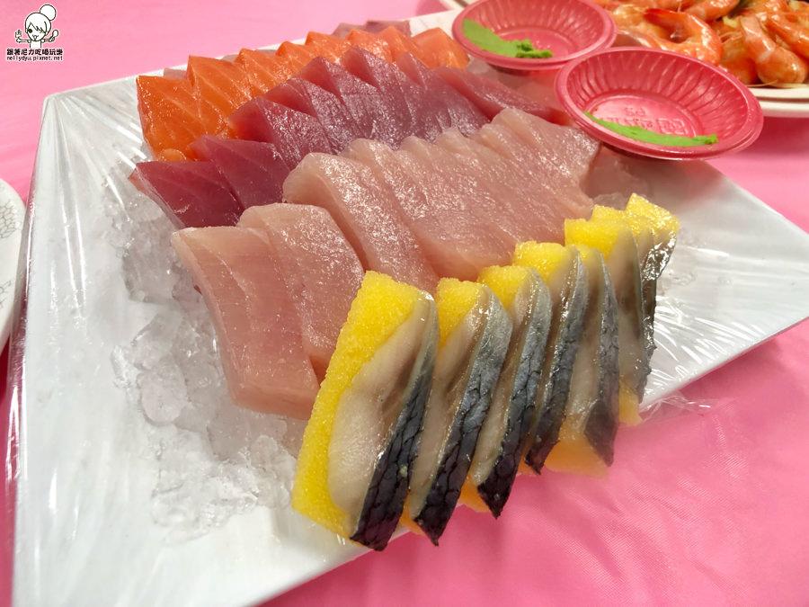 墾丁必吃新鮮海味,後壁湖阿興生魚片40片只要200元(需加點其他熱炒餐點)
