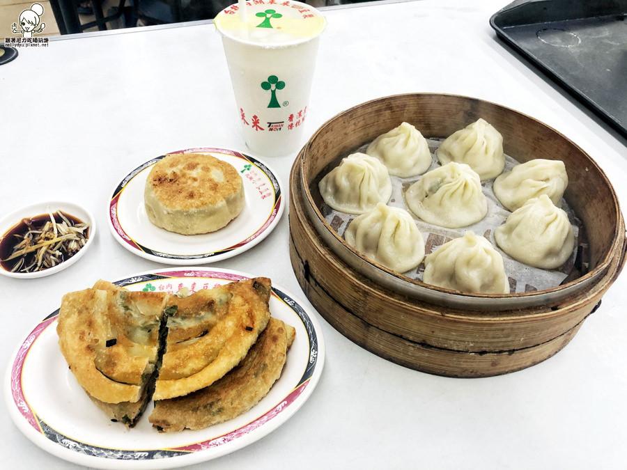 超狂24小時美食|好喝獨特焦香味豆漿,居然有賣牛肉麵、肉燥飯、台北內湖來來豆漿 高雄