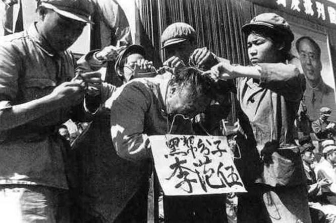Dưới sự thống trị của ĐCSTQ, khoảng 60 đến 80 triệu người dân Trung Quốc vô tội đã bị giết hại. Cùng với việc hủy diệt nhân mạng, ĐCSTQ cũng đã hủy hoại tâm hồn của người Trung Quốc.