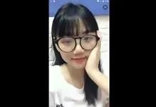 Sinh viên Việt lộ Clip Show hàng trên APP của Tàu