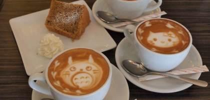 【東京美食】便宜又有可愛拉花的咖啡屋 淺草雷門クローバーカフェ