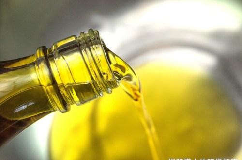 手工製油正夯!豐隆製油廠手工苦茶油 天然ㄟ尚好!