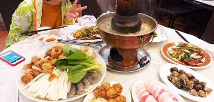台北、士林 忠義街 加來川湘菜館 陽明醫院旁大份量超值酸菜白肉鍋
