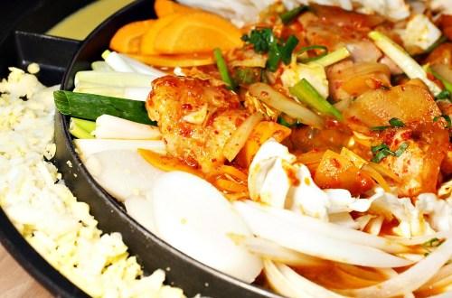 韓大叔 밥짓는 삼촌|天母有提供兒童遊戲區的韓國家庭料理