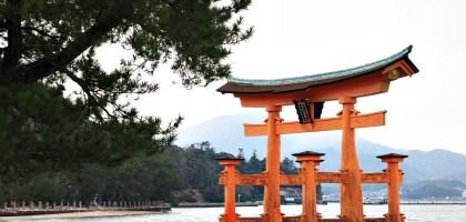 日本、廣島|宮島嚴島神社再訪牡蠣之美.小心會吃JR pass的鹿