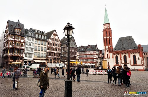 德國、法蘭克福|羅馬人廣場Römerberg.好買好逛的歌德誕生地