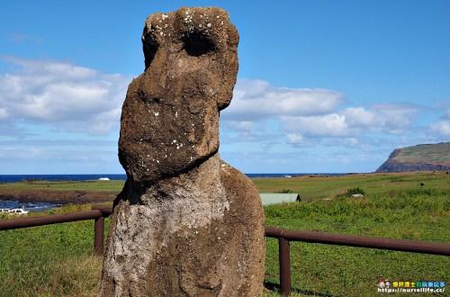 復活節島|Ahu Vaihu.孤獨望向村莊的摩艾