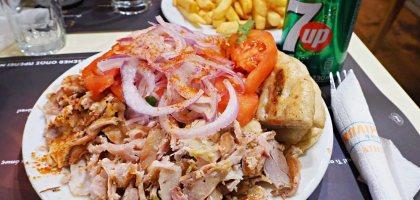 到希臘就是要吃Kebab!BAIRAKTARIS Μπαϊρακτάρης 最省錢的餐點