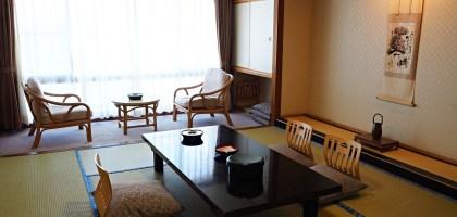 日間賀島住宿 大海老飯店.在看海的日式套房吃海鮮大餐和泡湯
