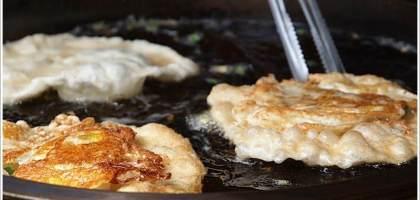 【宜蘭頭城】阿公蔥油餅 金黃酥脆蔥好多
