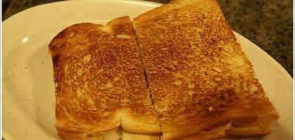 【沙巴 亞庇】這裡也吃的到咖椰麵包,富源茶餐室。