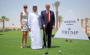Generalverdacht gegen Muslime? Nicht, wenn es um die eigene Firma geht. Donald Trump mit Ivanka Trump und dem CEO einer Immobilienfirma in Dubai bei der Präsentation des Trump International Golf Court. (Bild: trumpgolfdubai.com)
