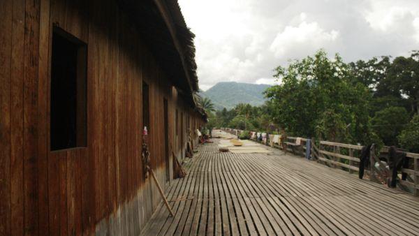 Rumah Panjang Saham, Kalimantan Barat (Foto: Mutya/Okezone)