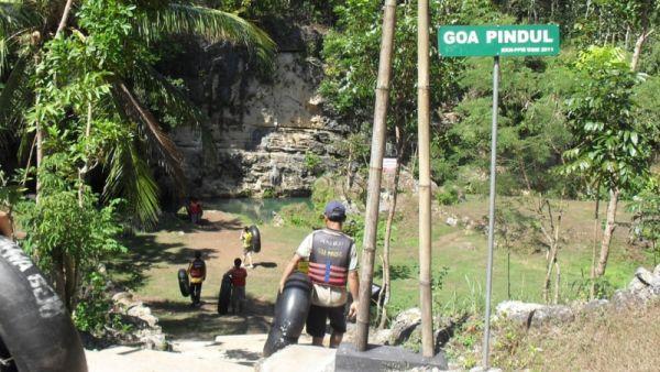 Cave tubing di Goa Pindul, Yogyakarta (Foto: Fitri/Okezone)