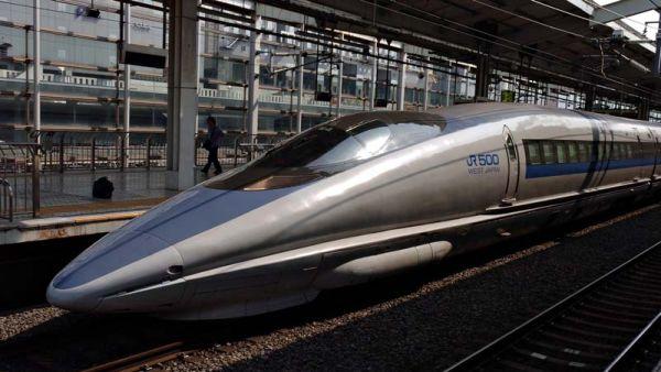 Shinkansen, kereta cepat Jepang (Foto: wikipedia)