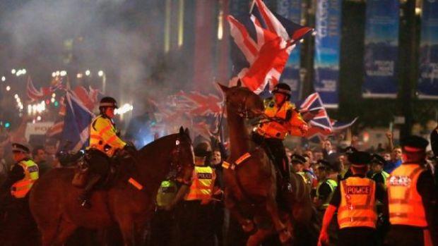 Referendum Usai, Glasgow Ricuh (REUTERS)