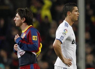 Lionel Messi (kiri) dan Cristiano Ronaldo. (Foto:Reuters)