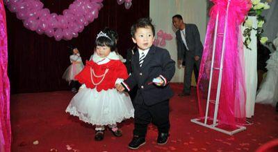 Balita yang menikah di China (Foto: Orange)