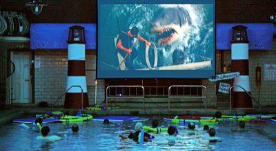 Kolam yang diubah jadi bioskop (Foto: Orange)