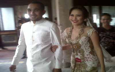 Ayu Ting Ting & Enji jalani sesi foto prewedding untuk kedua kalinya (foto: Edi Hidayat/Okezone)
