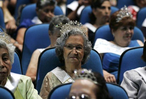 Sejumlah lansia ikut dalam kontes kecantikan di Guadalajara, Meksiko. (Foto: Reuters)