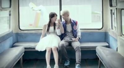 Suzy & J.Y. Park (Foto: Kpopisrael)