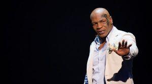 Panggung Tinju si Leher Beton dalam Mike Tyson: Undisputed Truth