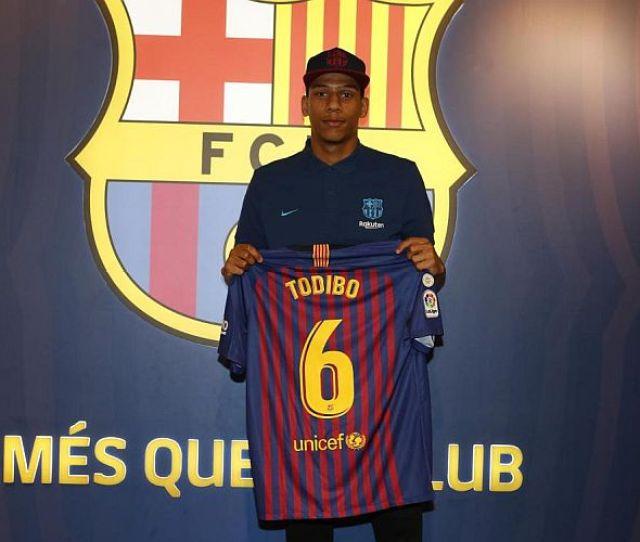 Barcelona Amankan Dua Pemain Di Pengujung Bursa Transfer Januari