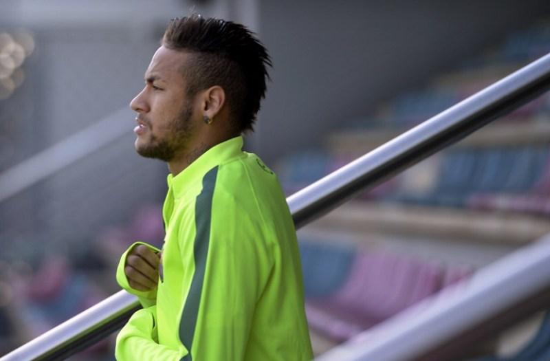 Neymar Bakal Rusak Rekor Pele