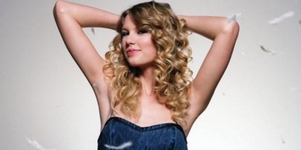 Taylor Swift Sukses Ciptakan Album Terlaris