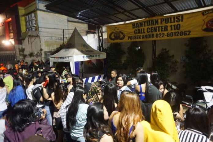 Ratusan Wanita PSK yang Terjaring Razia di Saritem