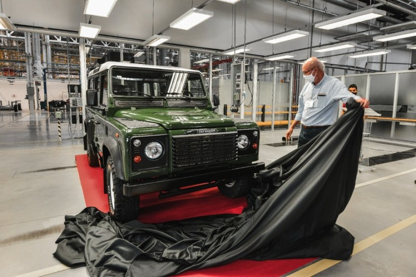 Land Rover factory in Brazil will restore old cars.  Image: Disclosure