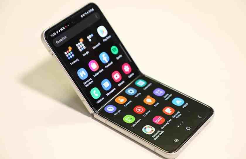 Galaxy Z Flip 3 Open