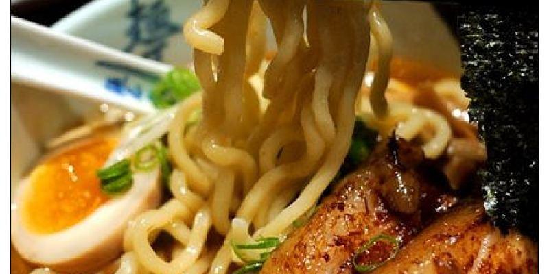 【台北慢步食記】麵屋武藏‧虎嘯:絕妙美味五花叉燒~來自東京W系人氣武士拉麵